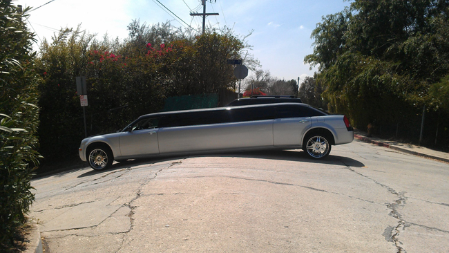 Limo Stuck On Baxter In Echo Park Echo Park Now